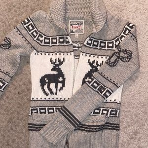 TNA 'COWICHAN' -STYLE KNITTED SWEATER